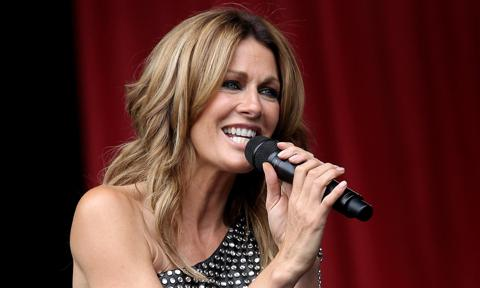 Kirsty Bertarelli Supports Mick Hucknall and Simply Red - Performance