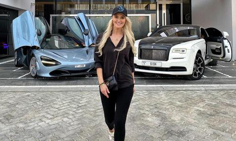 Supercar Blondie, influencer automovilística