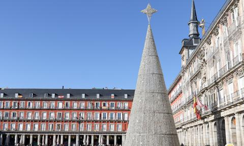 Madrid Prepares For The Christmas Campaign
