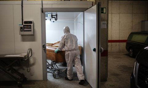 Functioning Of The Crematorium Of Girona During The 53rd Day Of The State Of Alarm